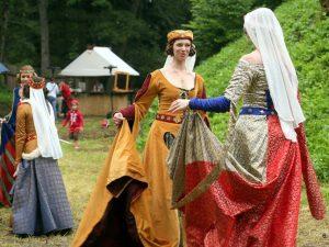 Dvorské tance