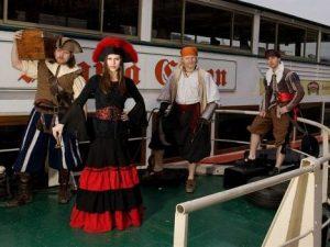 Piráti Loď na Vltavě